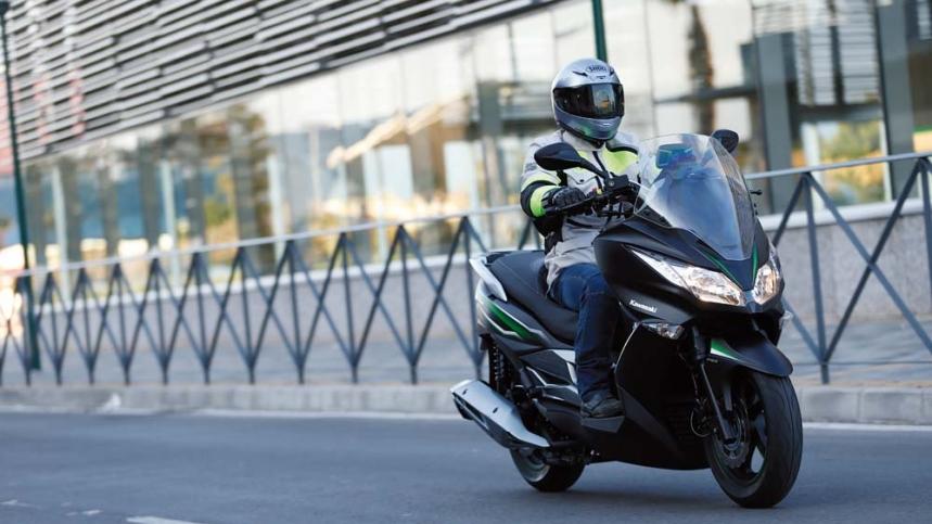 Kawasaki J125, ahora puedes probarlo