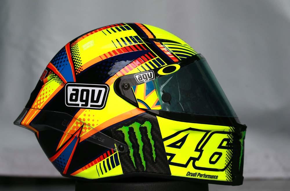 Motoh! Barcelona sortea el casco de Valentino Rossi