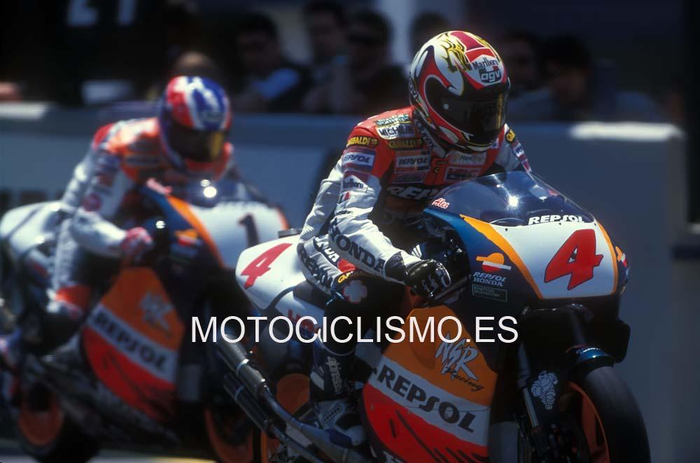 article-pilotos-repsol-honda-1995-2015-56bc6651386ee.jpg