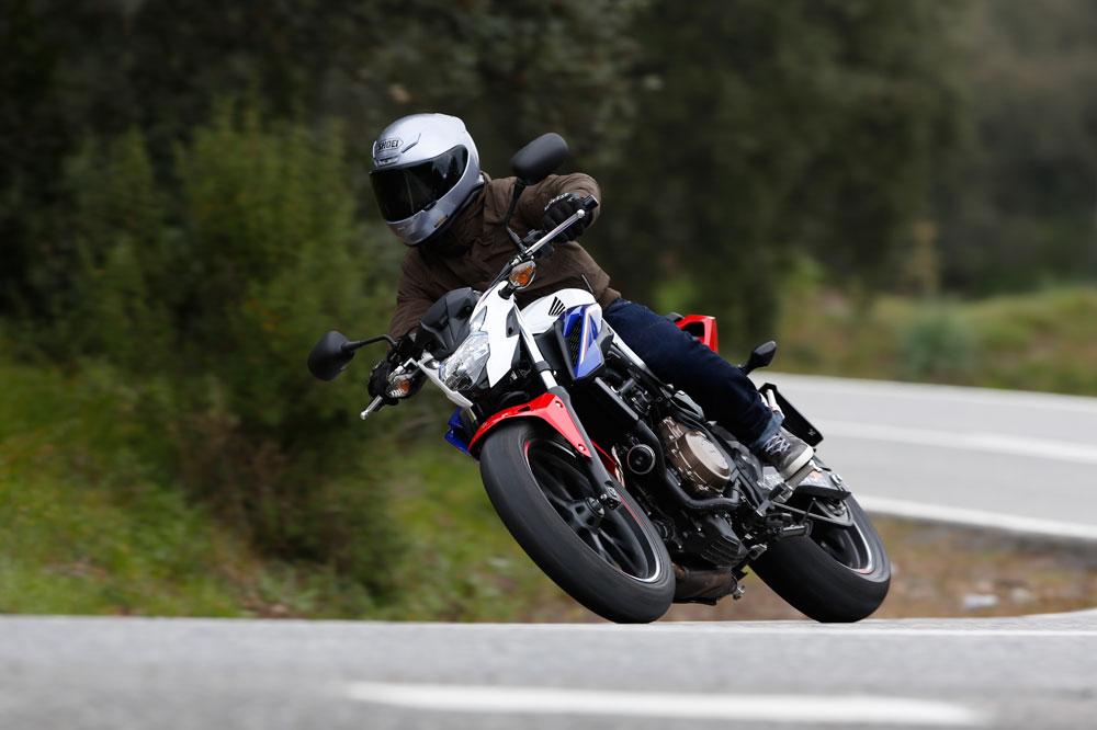 Honda CB500F 2016, una naked muy mejorada