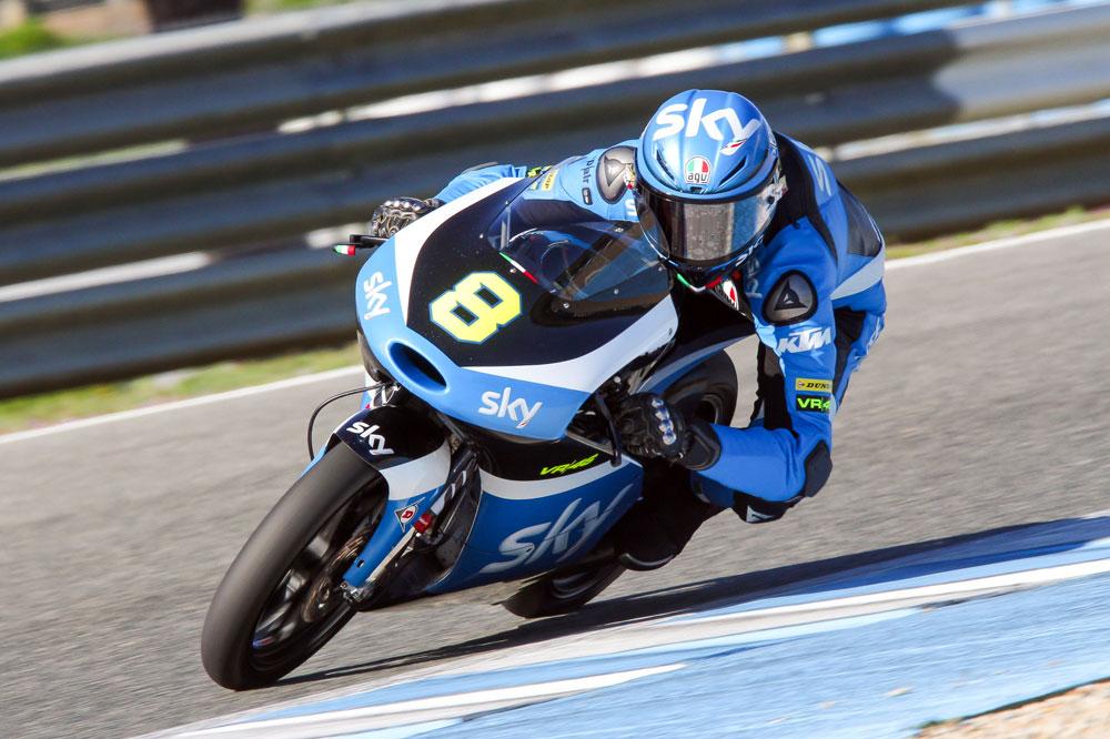 Nicolò Bulega es el más rápido del primer día en el test de Jerez de Moto3
