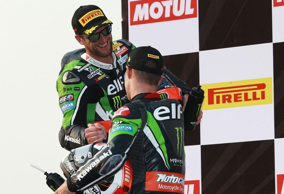 Tom Sykes gana la segunda carrera de Tailandia de Superbike. Jules Cluzel gana en Supersport.