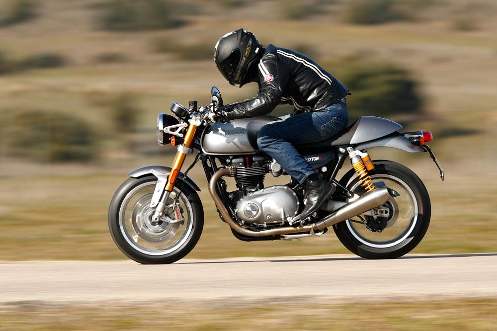 Triumph Thruxton R: una moto deportiva clásica con componentes de alta gama