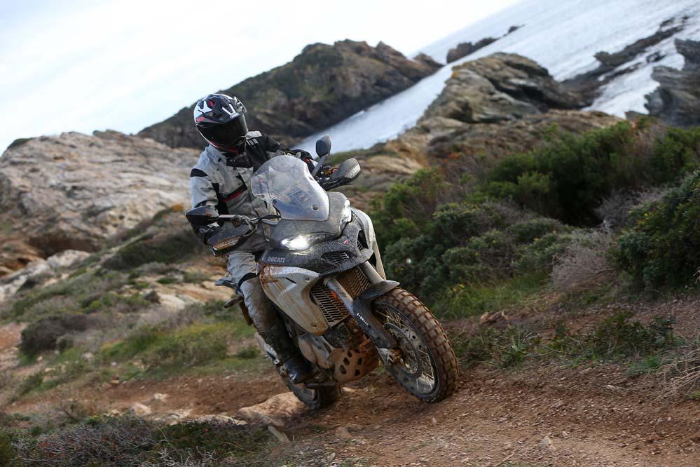 Ducati Multistrada 1200 Enduro: una moto más alta, más rápida y más potente