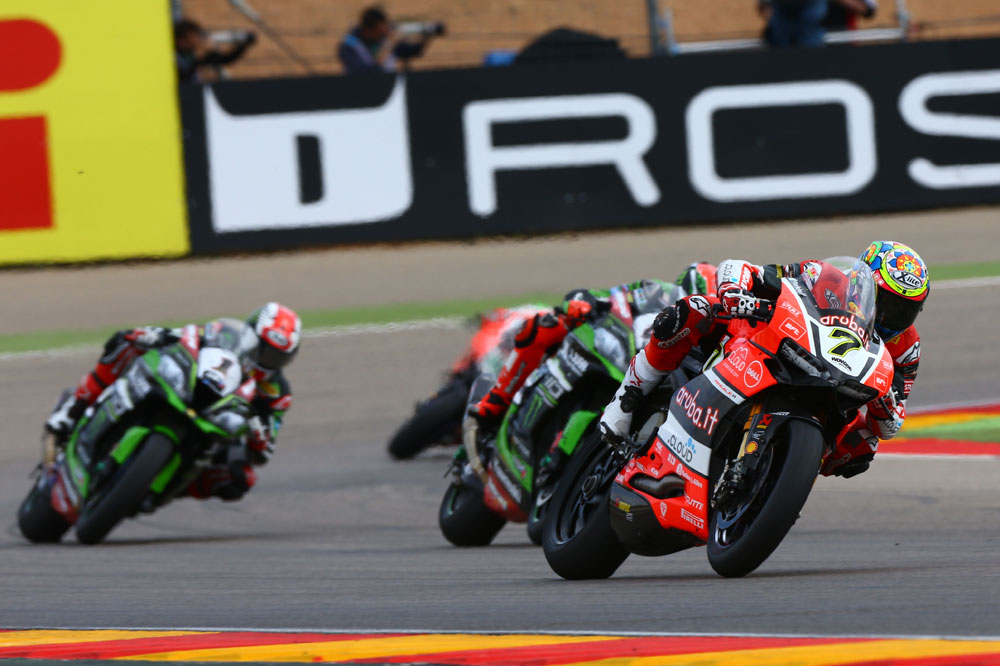Chaz Davies logra el doblete en MotorLand Aragón