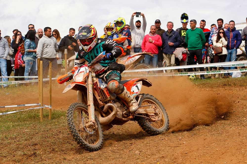 Cristóbal Guerrero y Jaume Betriú se reparten las victorias en Valverde
