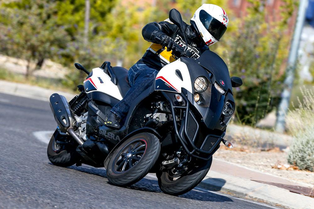 Gilera Fuoco 500 LT, un triciclo eficaz y divertido