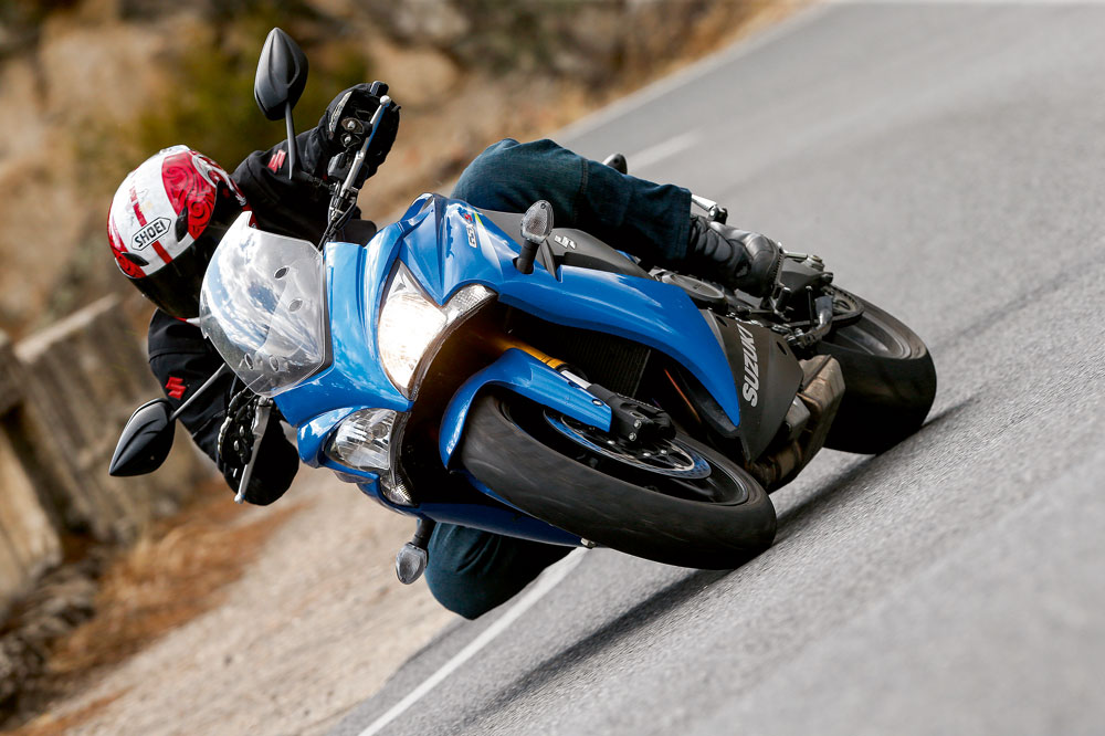 Suzuki GSX-S1000F, una moto sport turismo ligera y potente