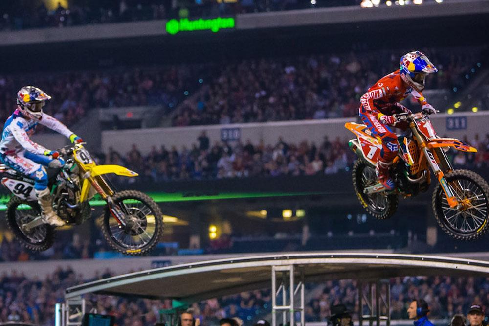 Gran duelo entre Ryan Dungey y Ken Roczen en el SX USA de Indianápolis