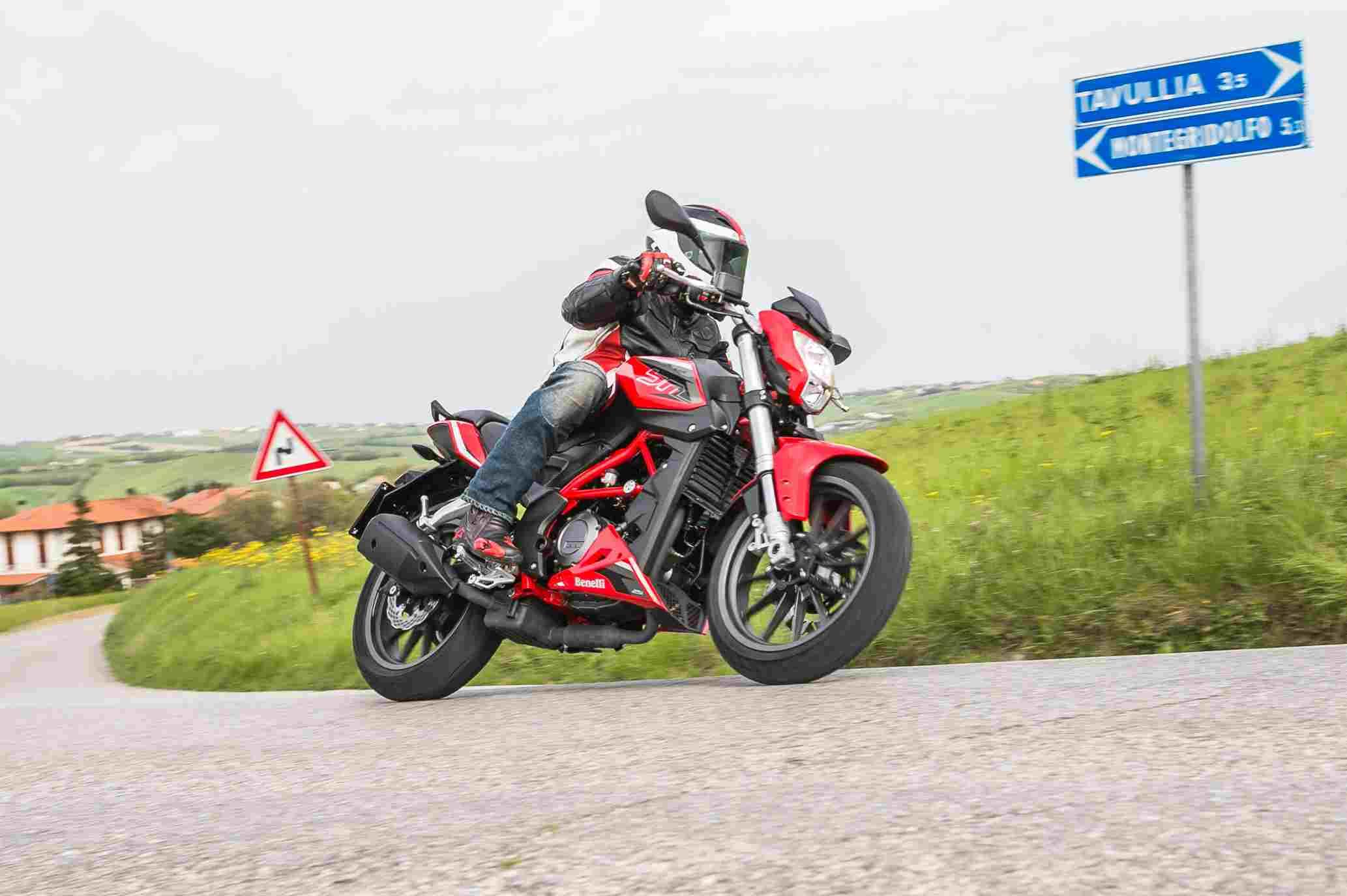 Benelli BN 251, la moto más accesible a la gama italiana
