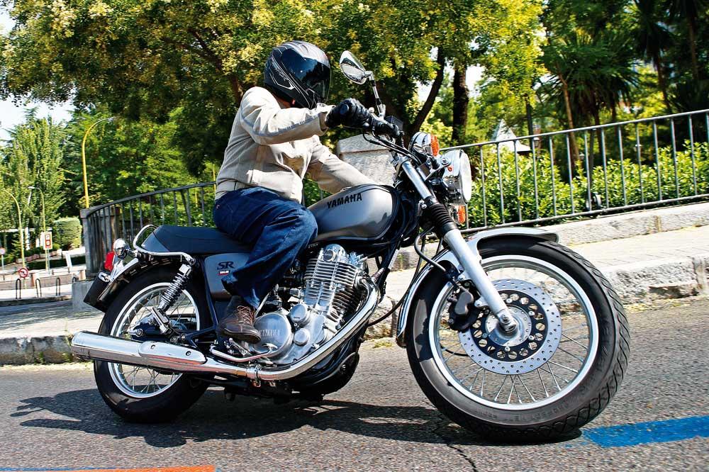 Yamaha SR400, una clásica actual 30 años después