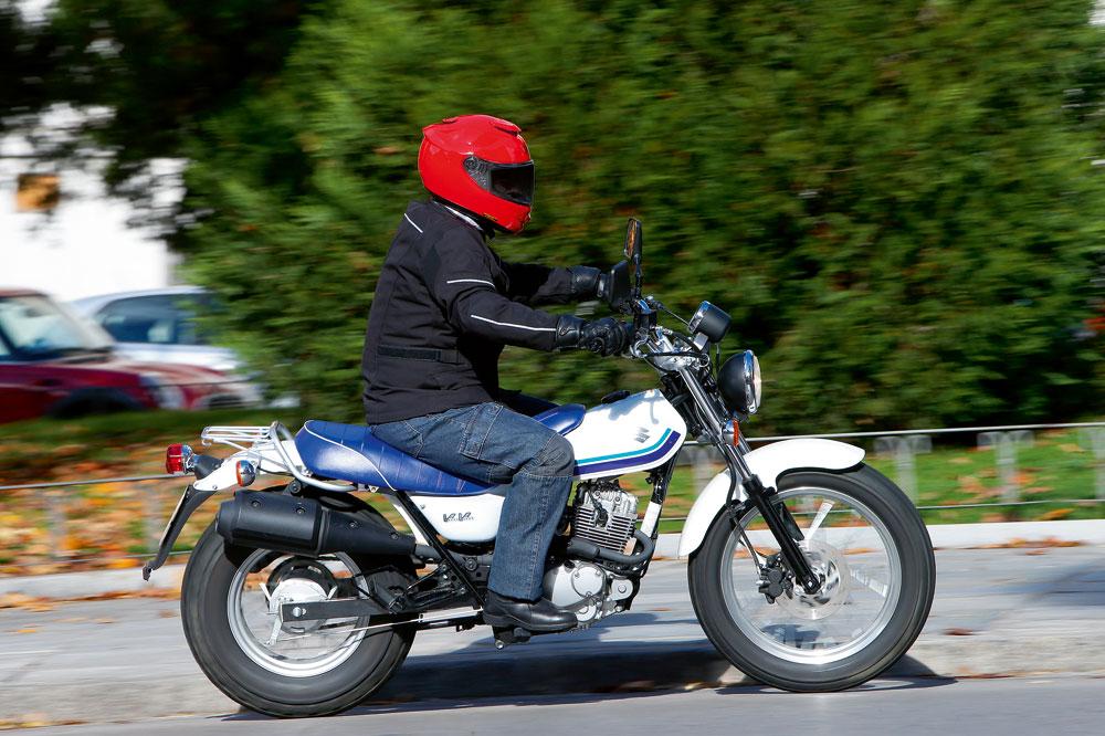 Suzuki VanVan 125, de la playa a la ciudad