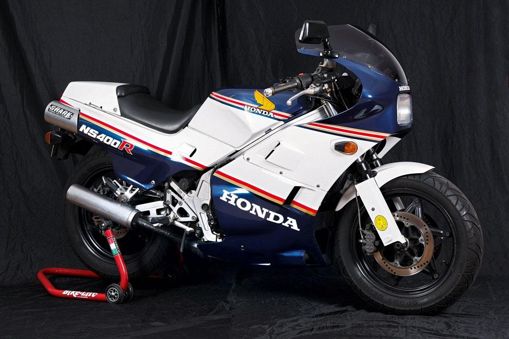 Honda NS400R, una réplica de calle de la moto de competición
