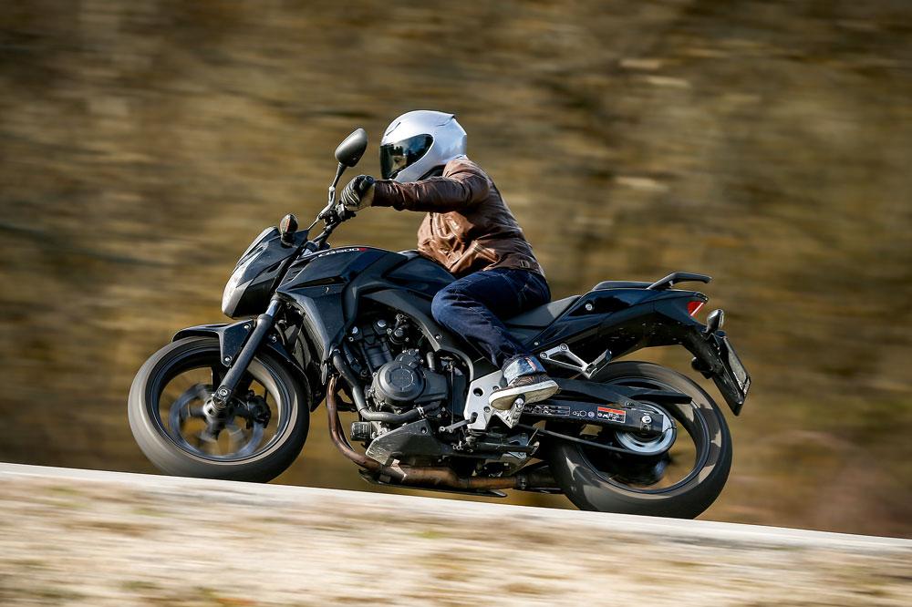 Honda CB500F, una moto naked superventas en 2015