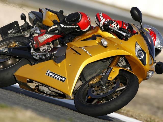 Triumph correrá el Mundial de Supersport 2008