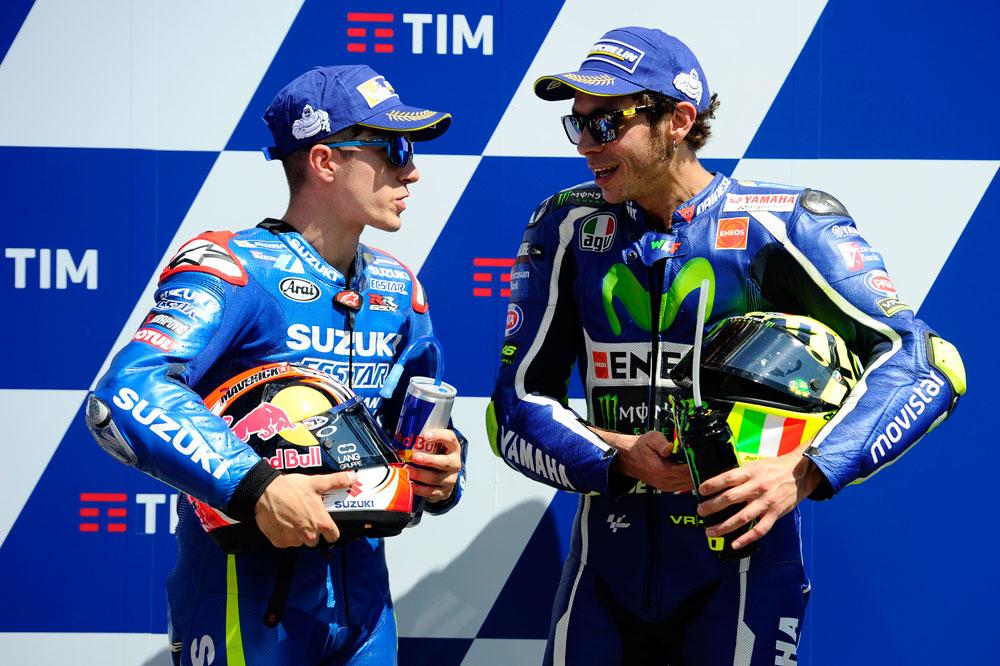 """Jorge Lorenzo no cree en las """"casuales"""" ruedas de Valentino Rossi y Maverick Viñales"""