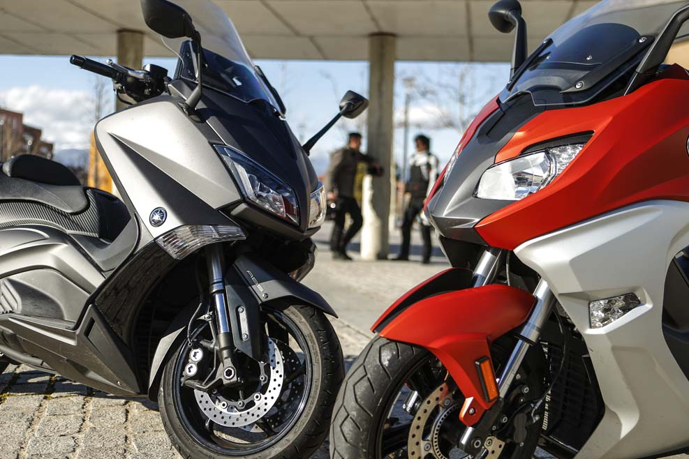BMW C 650 Sport y Yamaha TMAX: duelo al sol