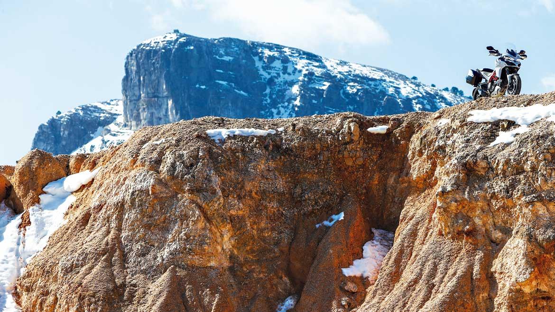Ruta en moto por la Sierra de Alcaraz y Segura