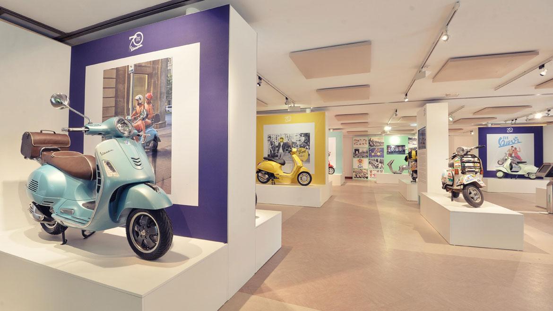 Vespa celebra sus 70 años con una exposición en Saint Tropez