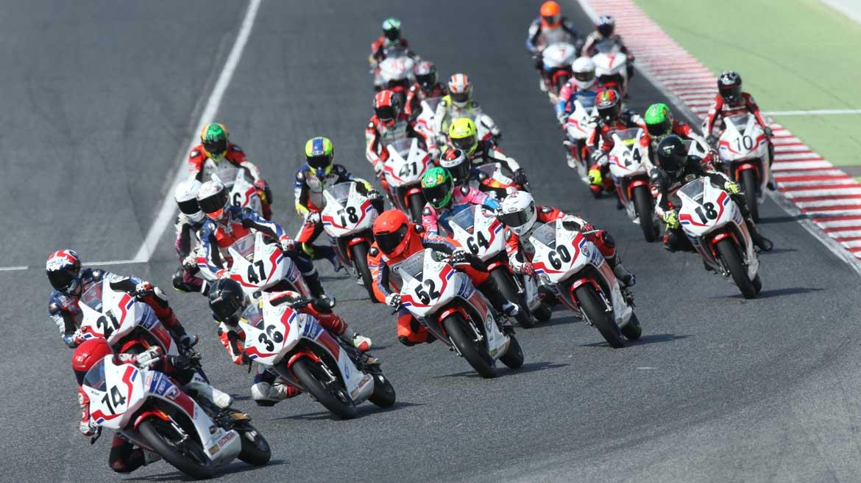 Ludovic Cauchi consigue el doblete en la Copa Honda CBR300R