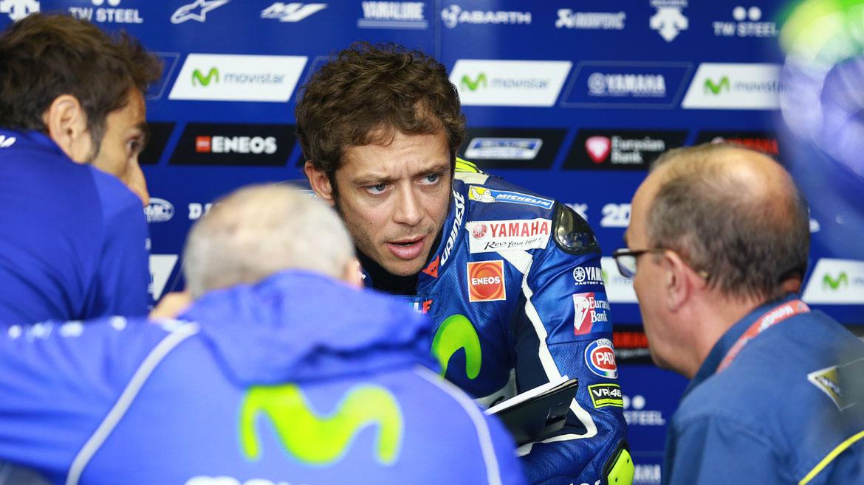 """Valentino Rossi: """"En estas condiciones nuestra moto es difícil de conducir"""""""
