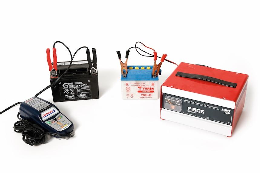 Cómo cargar la batería en casa