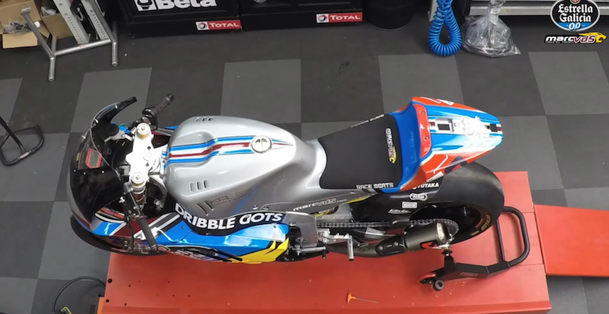 Así se monta una Moto2 en 35 segundos