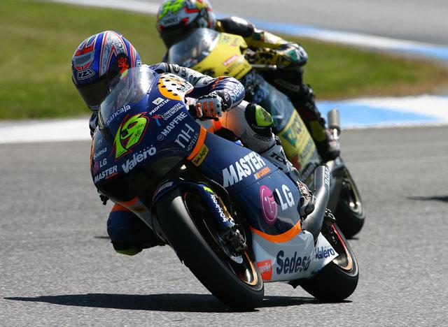 Aprilia y KTM reparten las motos