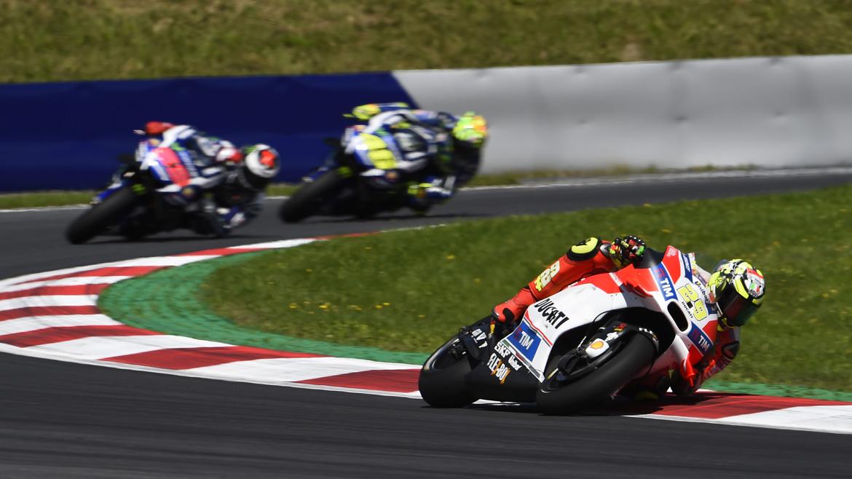 Iannone, por delante de Rossi y Lorenzo en el FP1