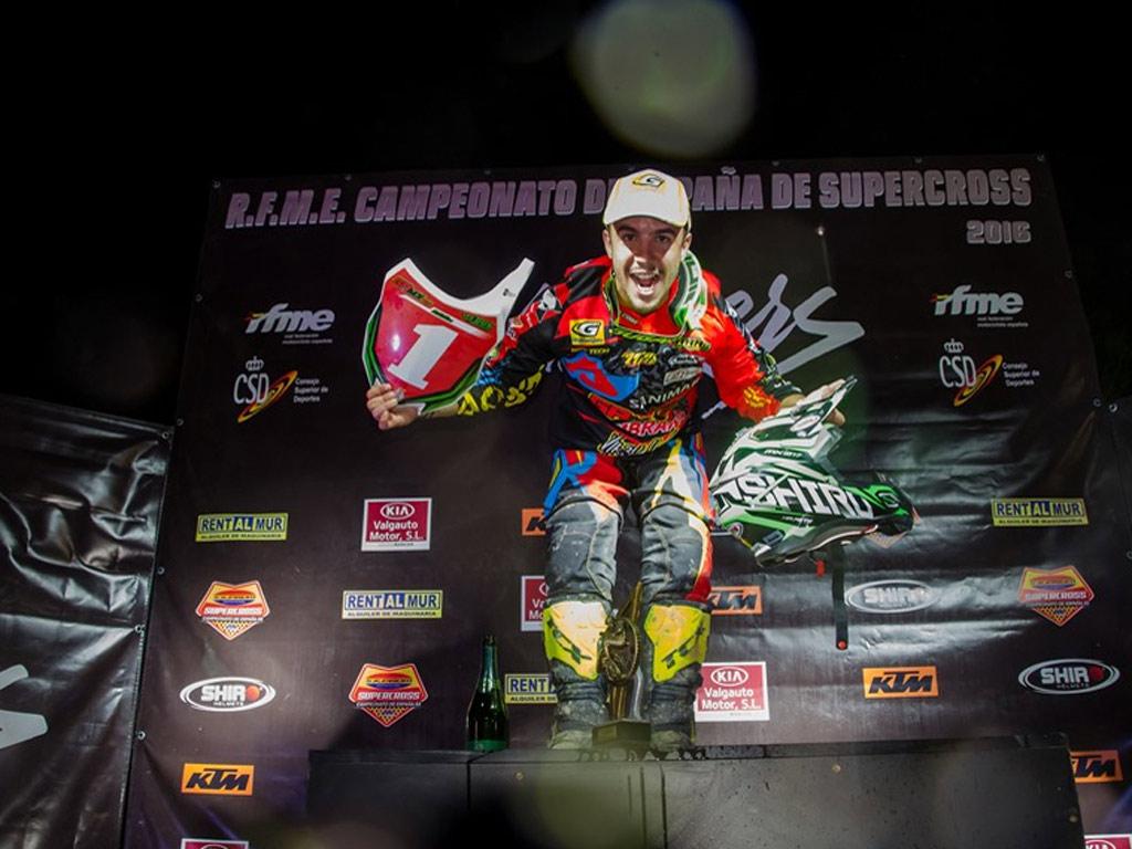 Macanás (SX2) y Jiménez (SX125), Campeones de España de Supercross