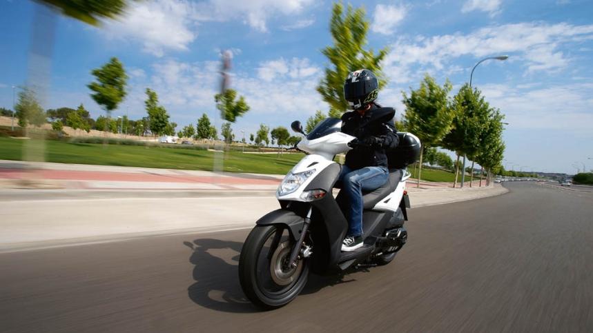 Descuento de hasta el 17,5% en los scooter KYMCO con homologación Euro 3