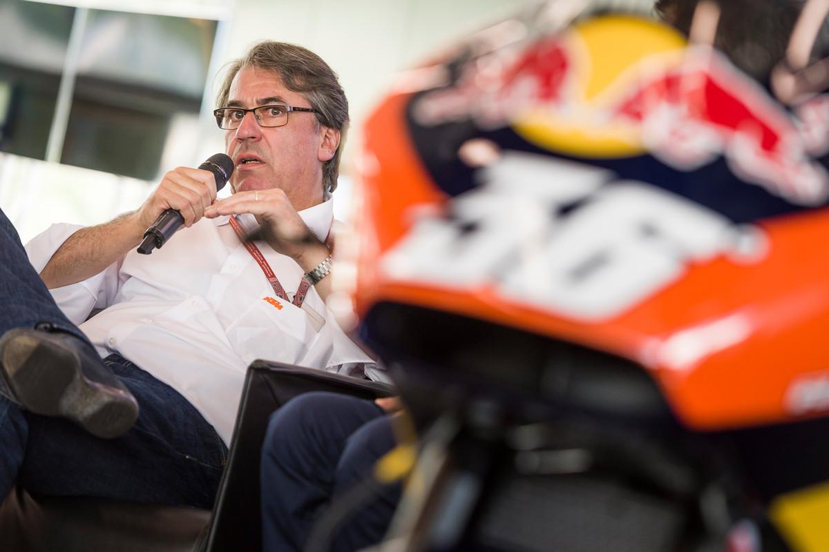 """CEO de KTM: """"Fichan a Lorenzo por 12 millones, pero no están seguros si ganará cuando llueva"""""""