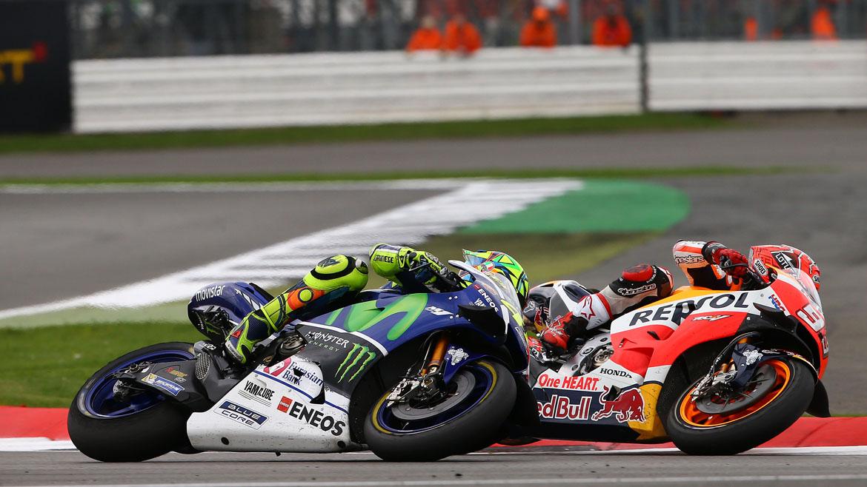 Rossi, por delante de Márquez en los primeros libres