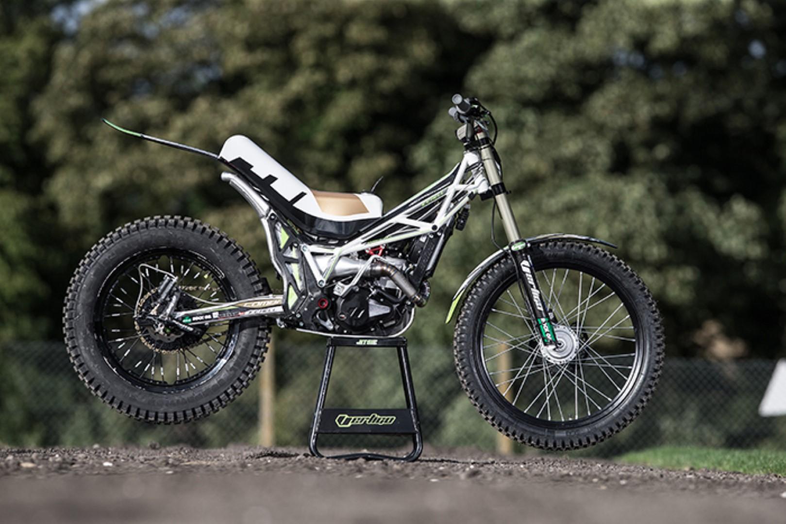 Así es la moto con la que Dougie Lampkin recorrerá la Isla de Man en caballito