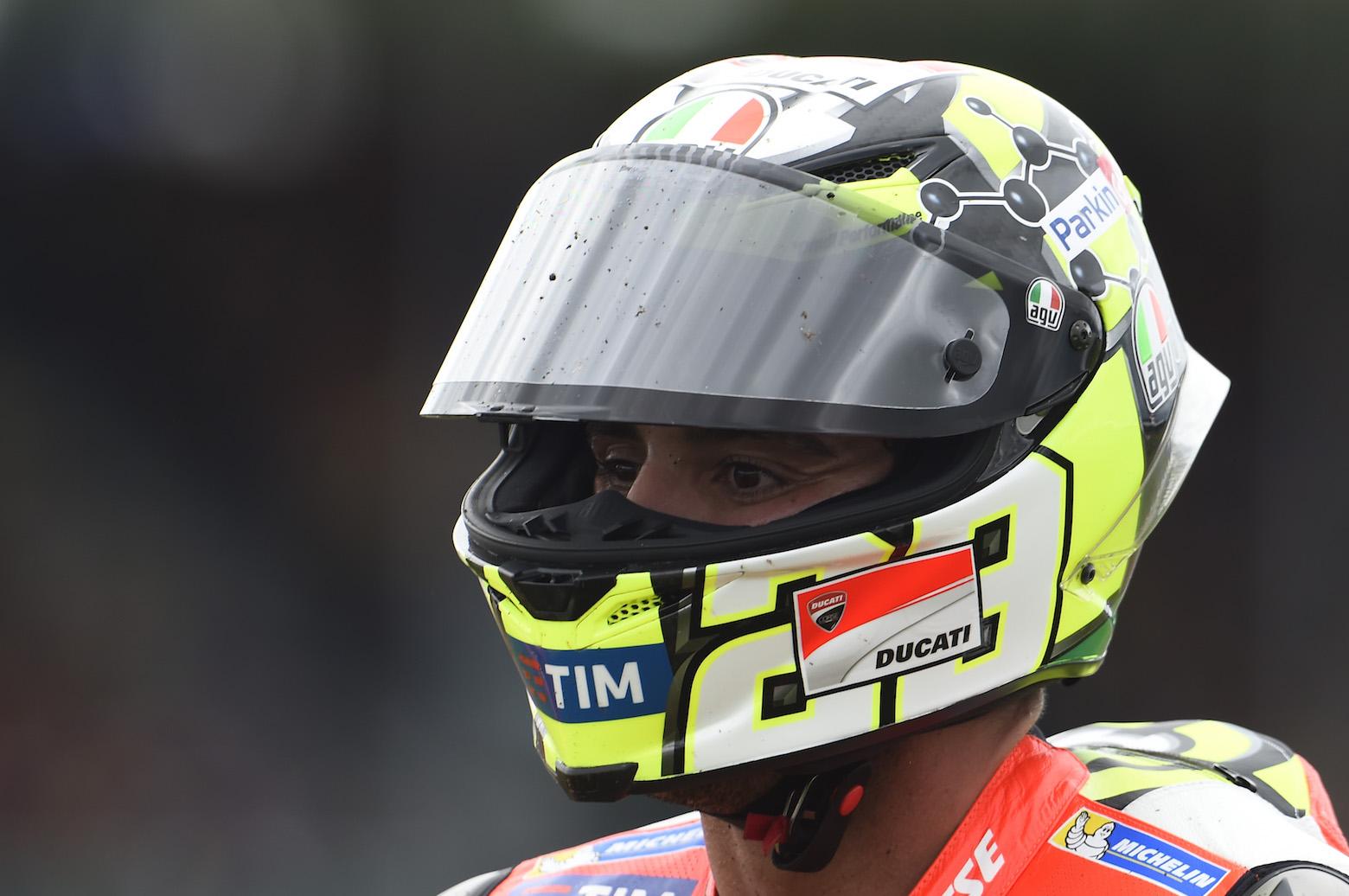 Andrea Iannone se probará mañana en la FP3 para determinar si puede correr