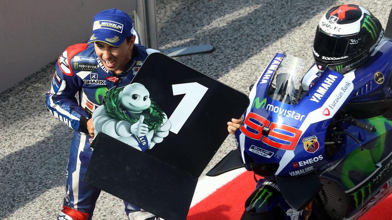 """Lorenzo ironiza sobre su coincidencia en la pista con Márquez: """"¿Biscotto?"""