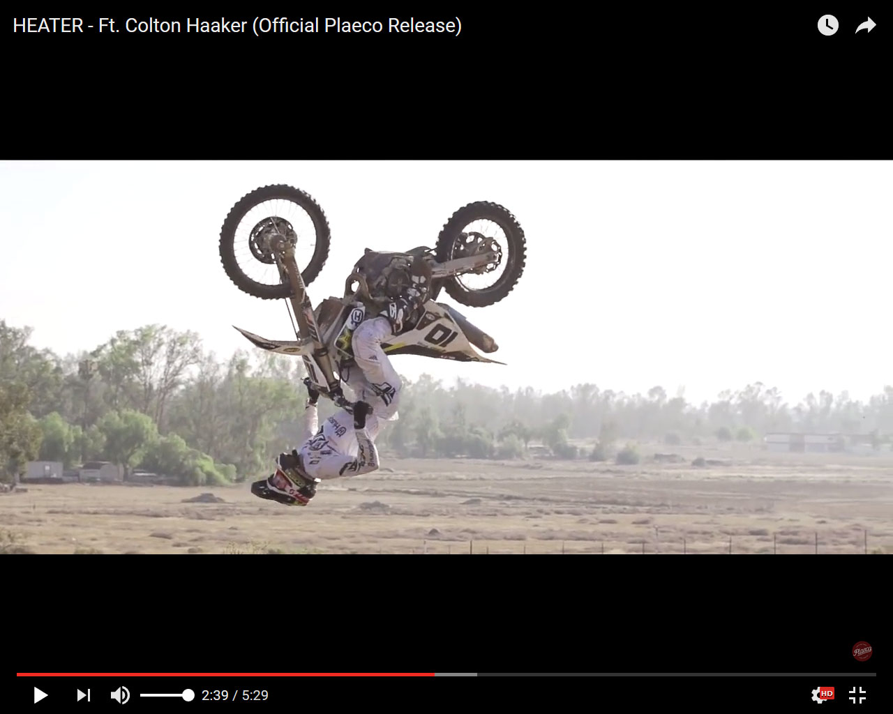 Colton Haaker desbocado en su último vídeo