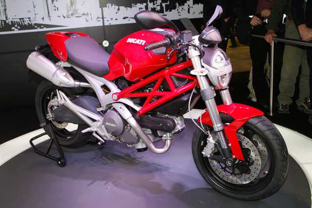 Novedades 2008: Ducati Monster 696