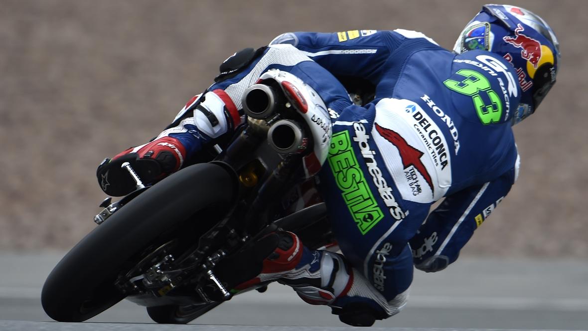 Enea Bastianini lidera Moto3 en el viernes del GP de Japón