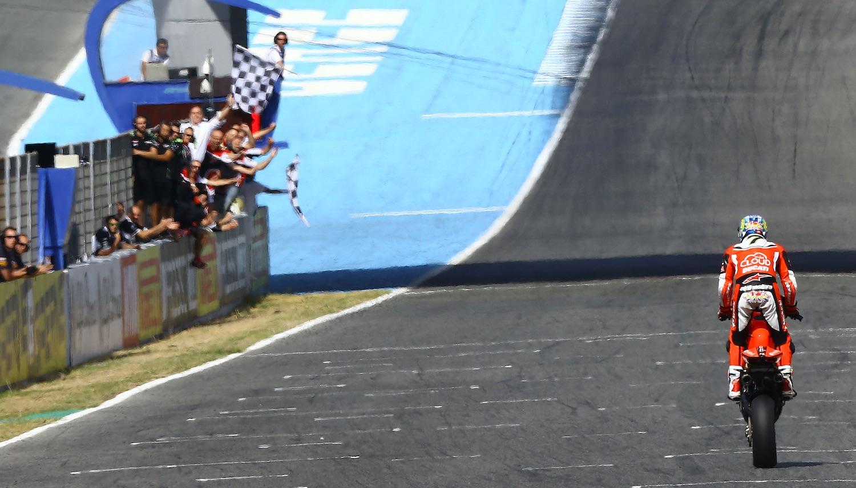 Imparable Chaz Davies en Jerez; nuevo doblete para Ducati