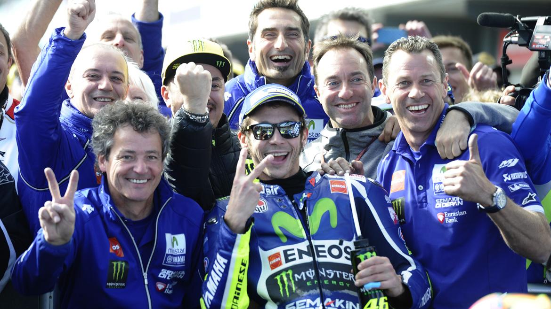 """Valentino Rossi: """"Cuando se ha caído Marc he pensado que podía ganar"""""""