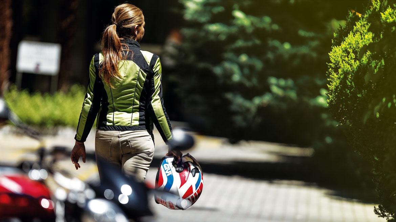 Chaquetas de moto para chicas, precios y características