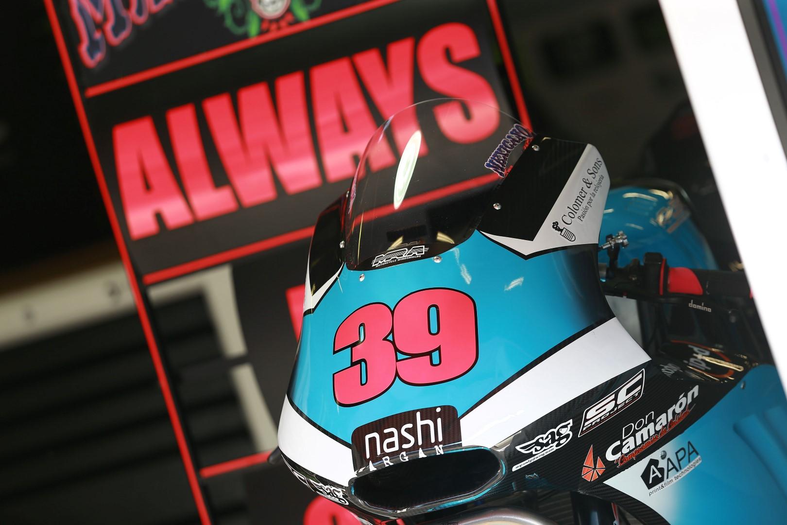 Se retira el 39 de Luis Salom en Moto2
