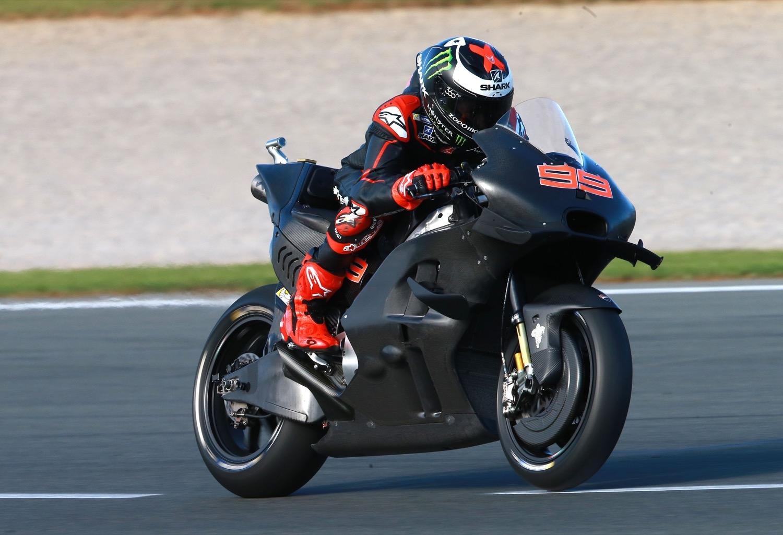 """Paolo Ciabatti: """"Jorge Lorenzo ha llegado con una sonrisa al box de Ducati"""""""