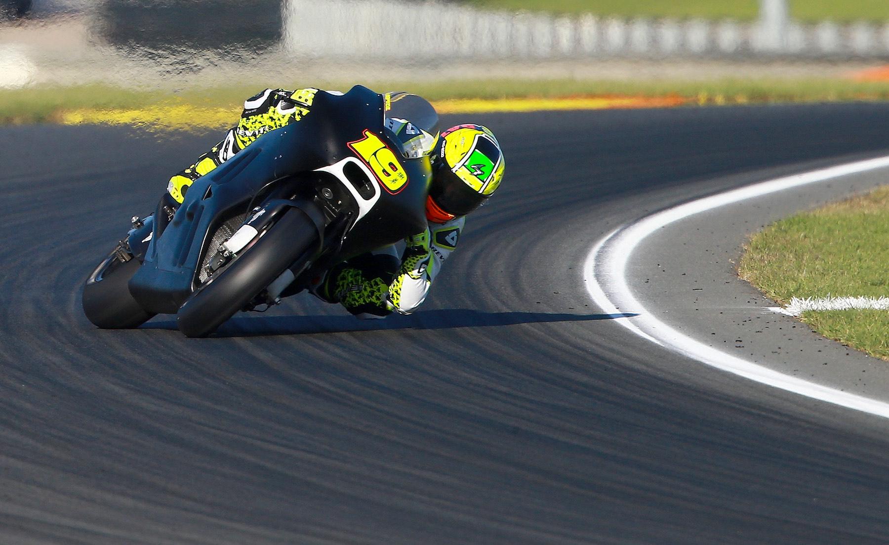 """Álvaro Bautista: """"Me ha gustado mucho el carácter del motor de la Ducati"""""""