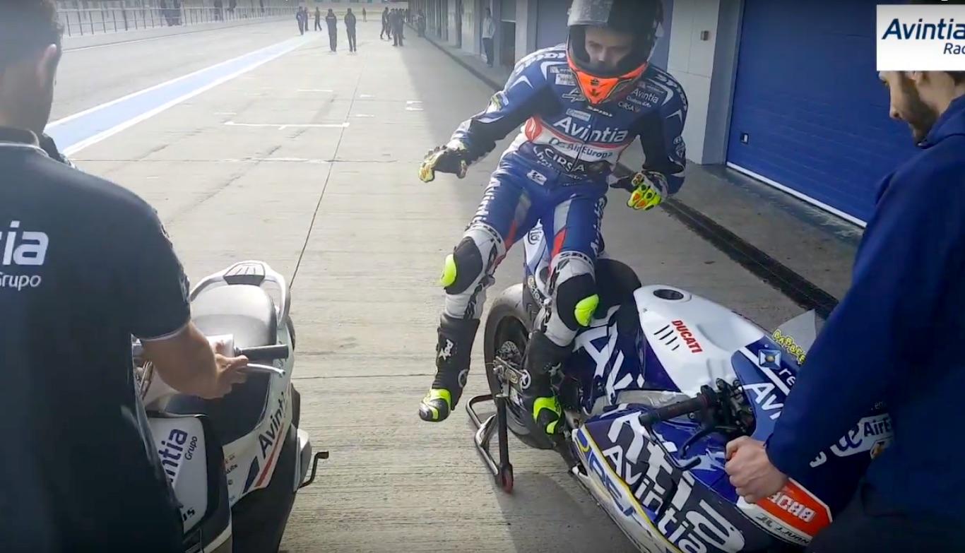 Mannequin challenge, las motos se apuntan a la moda