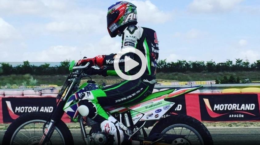 Kenny Noyes vuelve a rodar con su moto