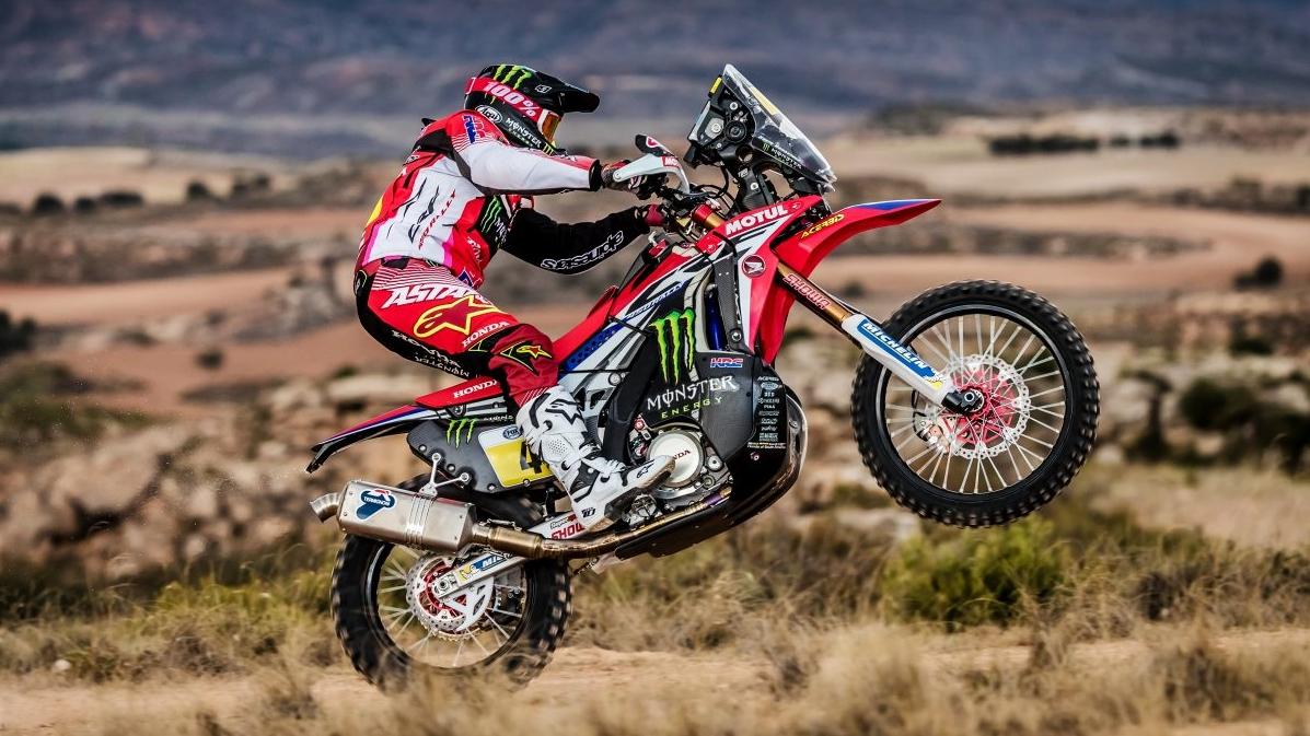 Kevin Benavides es baja para el Dakar 2017 tras romperse la mano