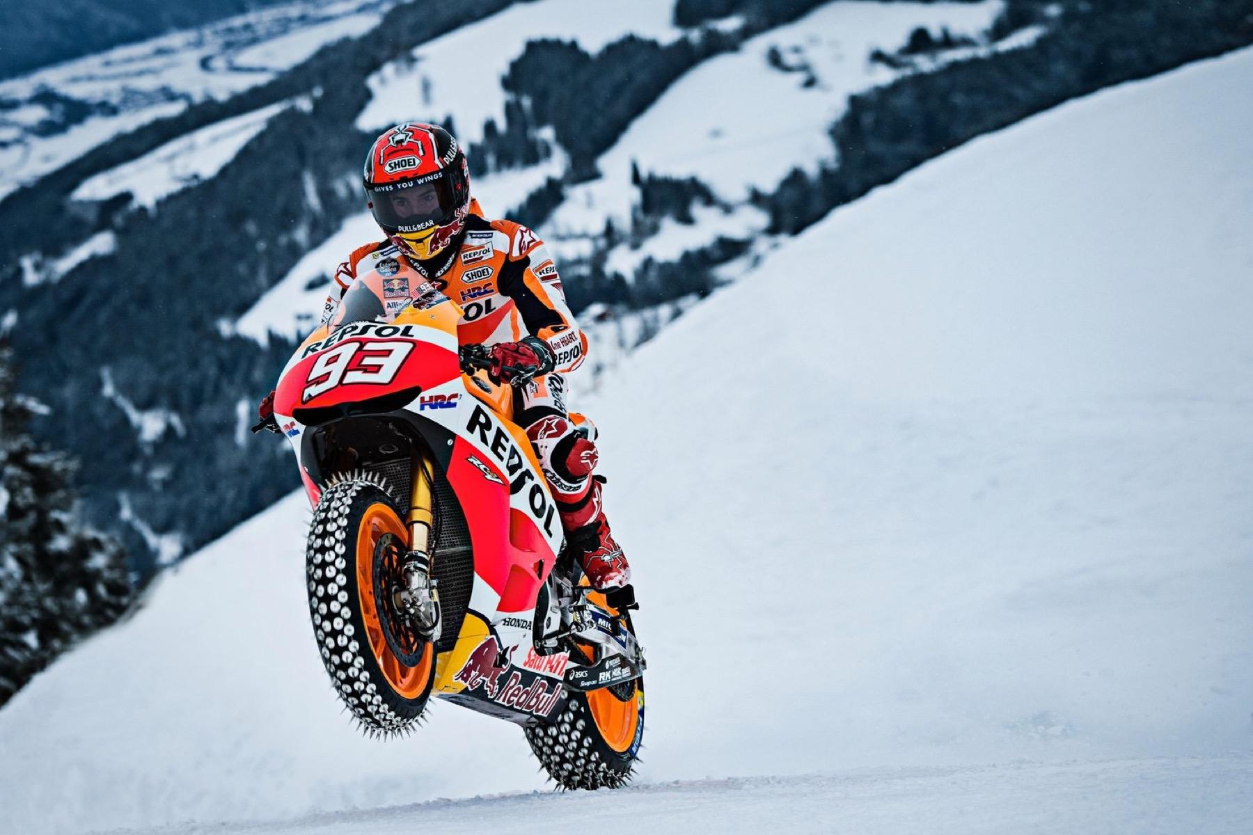 Marc Márquez con la MotoGP en los Alpes, galería y vídeo oficial