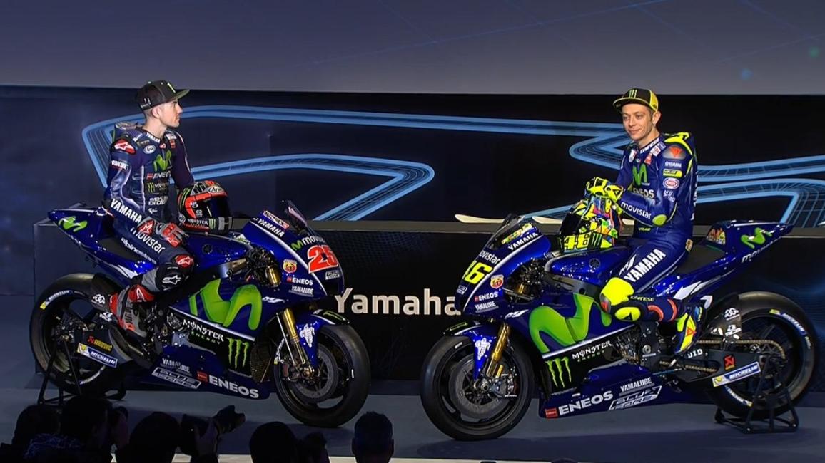 Valentino Rossi y Maverick Viñales ya posan con su nueva Yamaha YZF-M1 2017